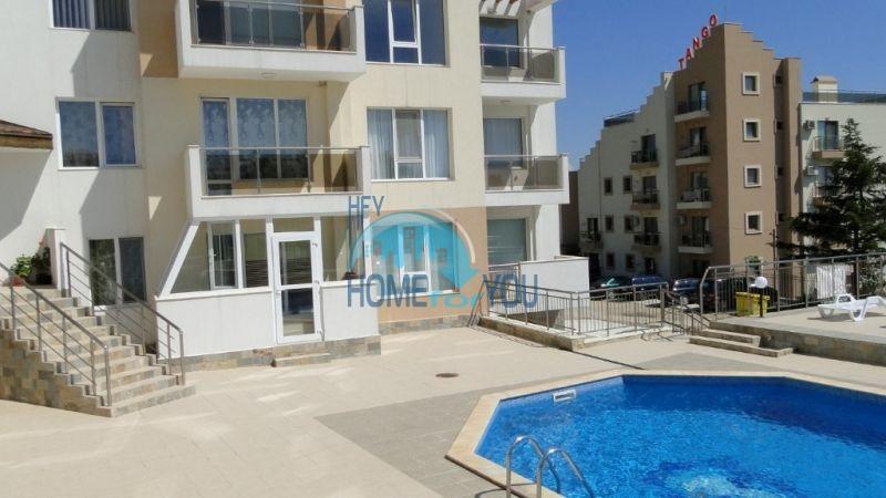 Продажа большой квартиры у моря в городе Бяла