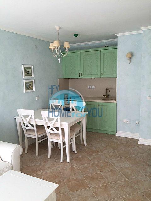 Меблированная трехкомнатная квартира на первой линии в Оазис Резорт & Спа, с.Лозенец 11