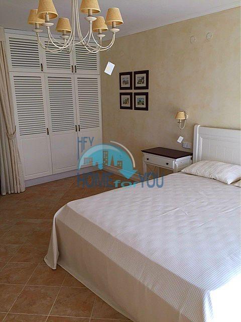 Меблированная трехкомнатная квартира на первой линии в Оазис Резорт & Спа, с.Лозенец 8