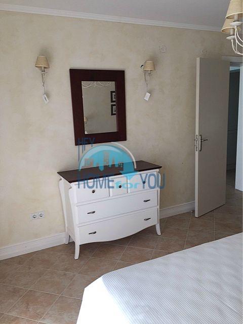 Меблированная трехкомнатная квартира на первой линии в Оазис Резорт & Спа, с.Лозенец 9