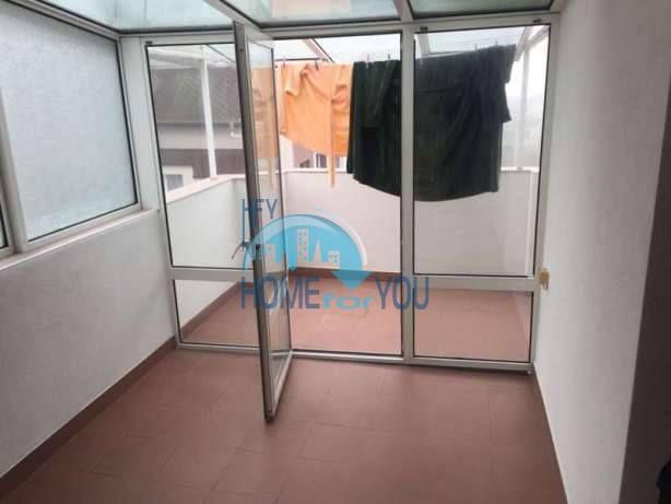 Большая двухуровневая квартира с двумя спальнями в центре города Бургас 7