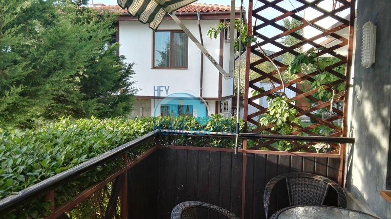 Добротный дом для постоянного проживания в местности Кошарица вблизи города Несебр 3