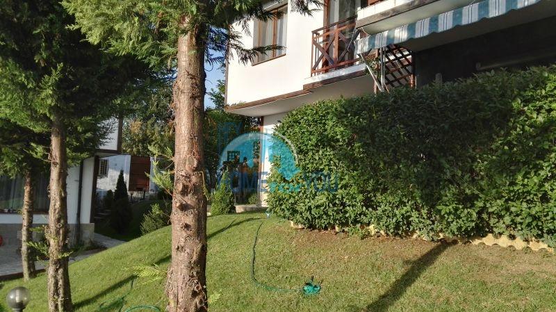 Добротный дом для постоянного проживания в местности Кошарица вблизи города Несебр 6