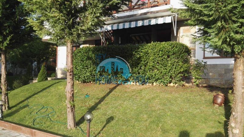Добротный дом для постоянного проживания в местности Кошарица вблизи города Несебр 7