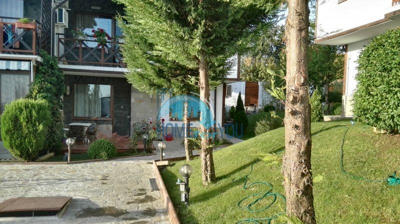Добротный дом для постоянного проживания в местности Кошарица вблизи города Несебр 9
