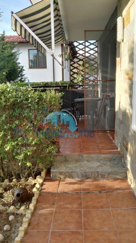 Добротный дом для постоянного проживания в местности Кошарица вблизи города Несебр 12