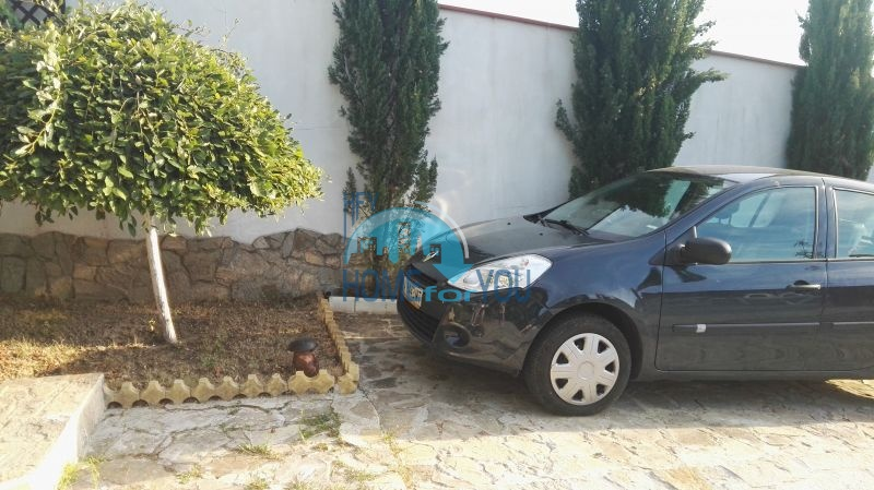 Добротный дом для постоянного проживания в местности Кошарица вблизи города Несебр 14