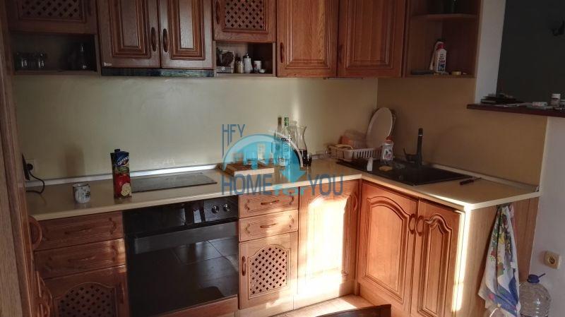 Добротный дом для постоянного проживания в местности Кошарица вблизи города Несебр 16
