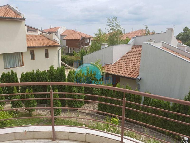 Добротный капитальный дом вблизи Несебра в местности Кошарица - Чолакова Чешма 7