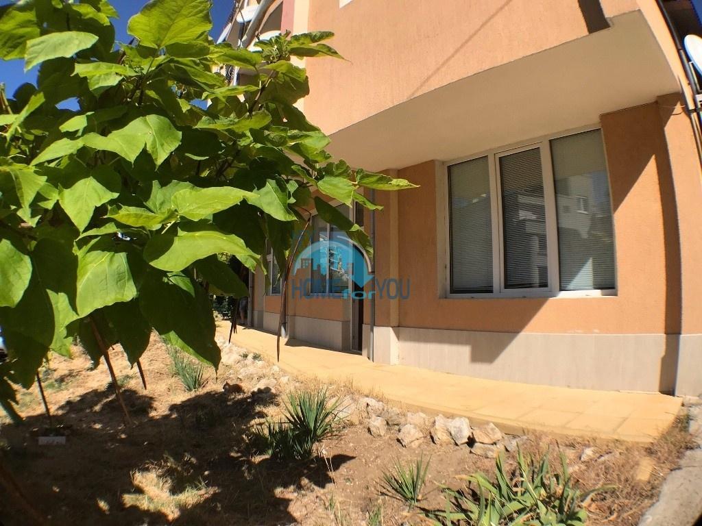 Меблированная квартира с одной спальней в жилом доме без таксы поддержки, квартал Русалка в Святом Власе