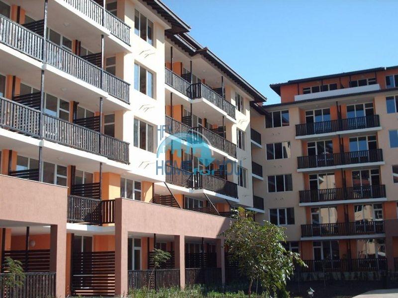 Двухкомнатная квартира на второй линии в городе Ахелой 10