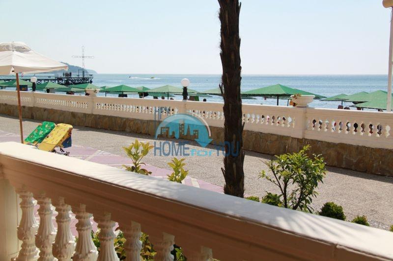 Елените - трехкомнатная квартира на первой линии с видом на море 4