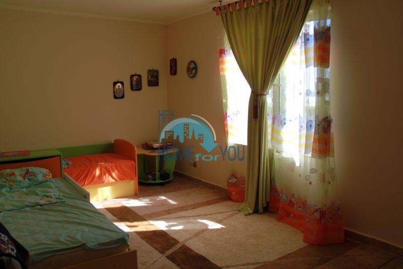 Елените - трехкомнатная квартира на первой линии с видом на море 7