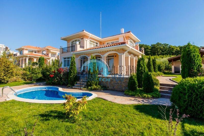 Фешенебельный дом с джакузи и качественной отделкой у моря в курортном поселке Кошарица 3