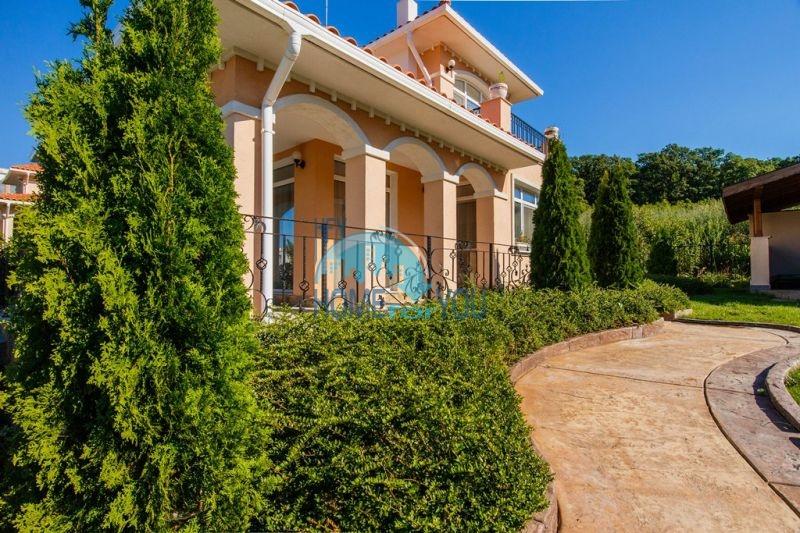 Фешенебельный дом с джакузи и качественной отделкой у моря в курортном поселке Кошарица 10