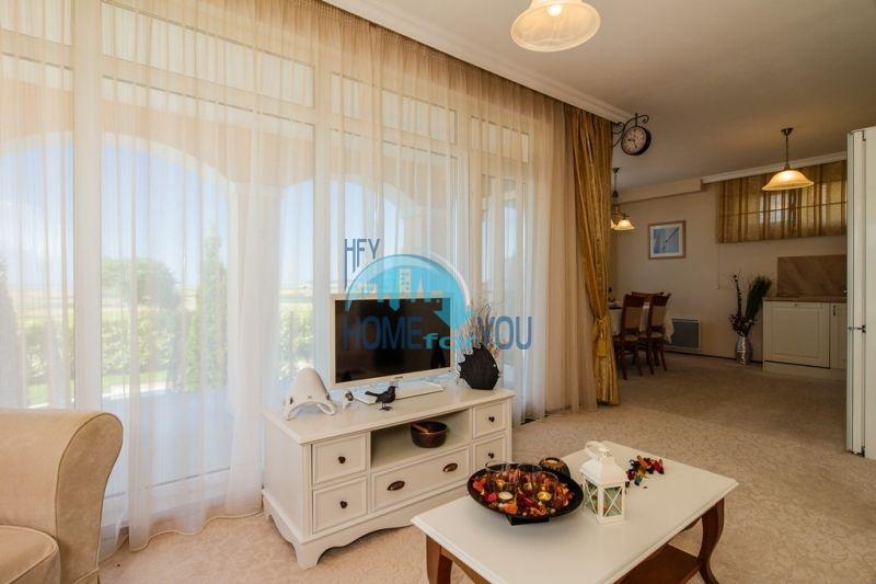 Фешенебельный дом с джакузи и качественной отделкой у моря в курортном поселке Кошарица 18