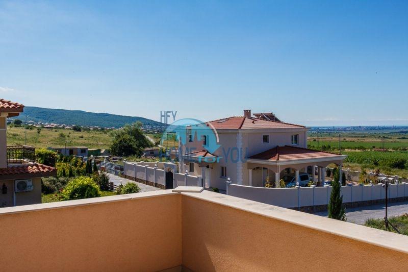 Фешенебельный дом с джакузи и качественной отделкой у моря в курортном поселке Кошарица 28