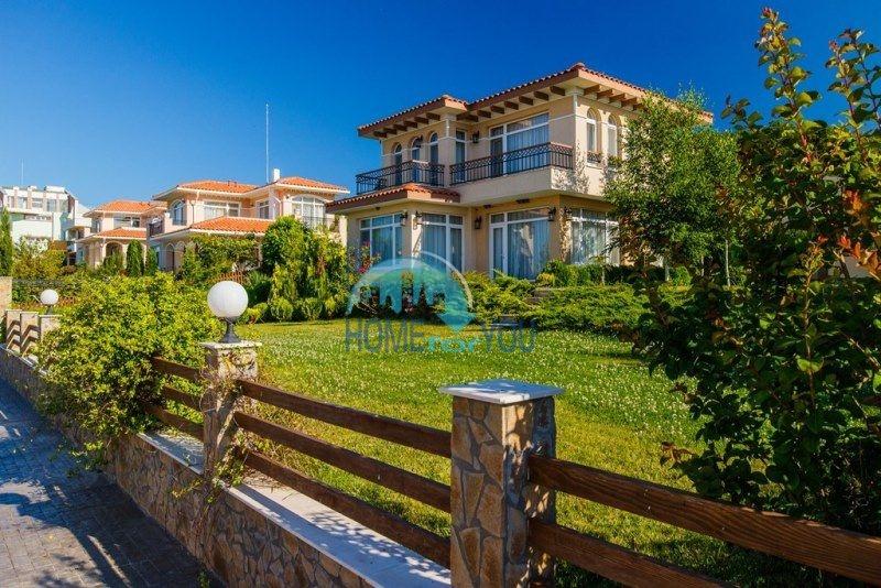 Фешенебельный дом с качественной отделкой у моря в курортном поселке Кошарица 5