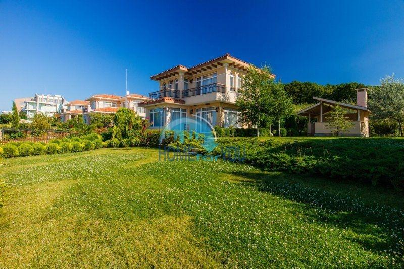 Фешенебельный дом с качественной отделкой у моря в курортном поселке Кошарица 7