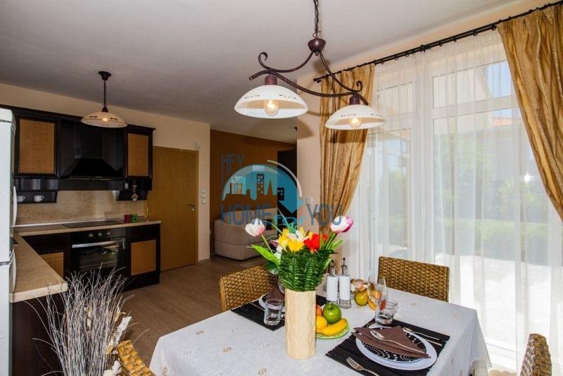 Фешенебельный дом с качественной отделкой у моря в курортном поселке Кошарица 14