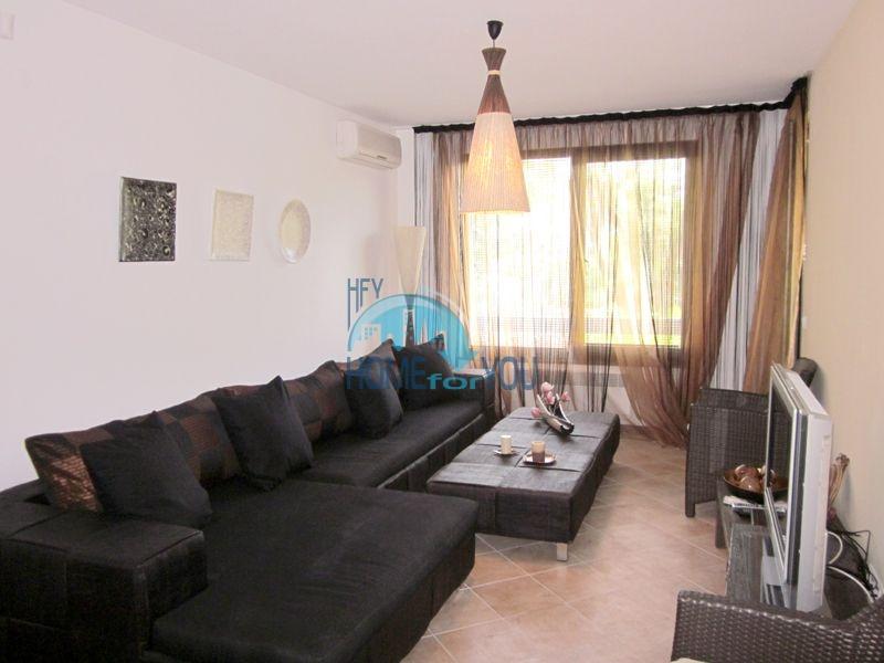 Меблированная квартира у моря в комплексе Оазис