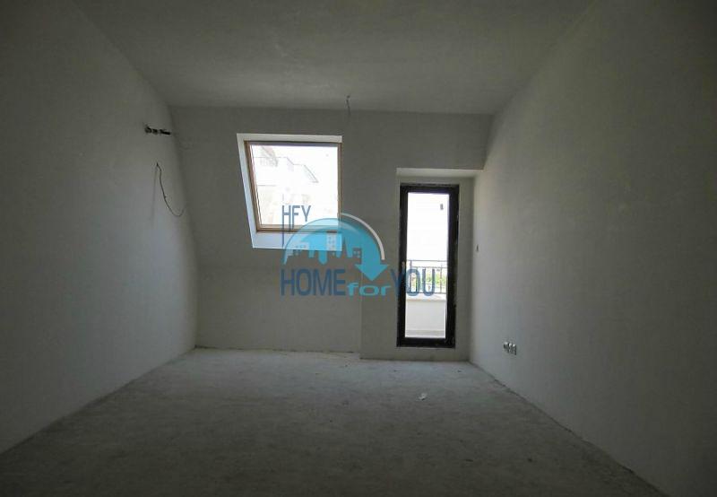 Многокомнатная квартира в Лазуре с видом на море, город Бургас 4