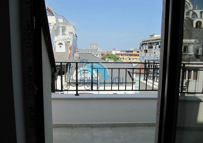 Многокомнатная квартира в Лазуре с видом на море, город Бургас 5