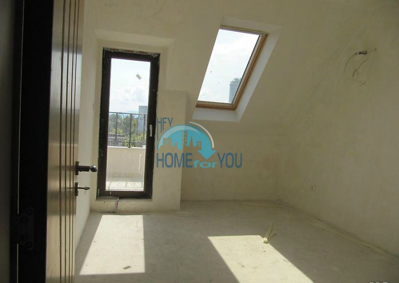 Многокомнатная квартира в Лазуре с видом на море, город Бургас 9