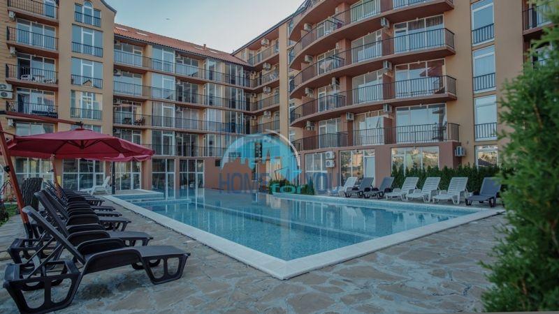 Компактная двухкомнатная квартира по доступной цене на Солнечном берегу