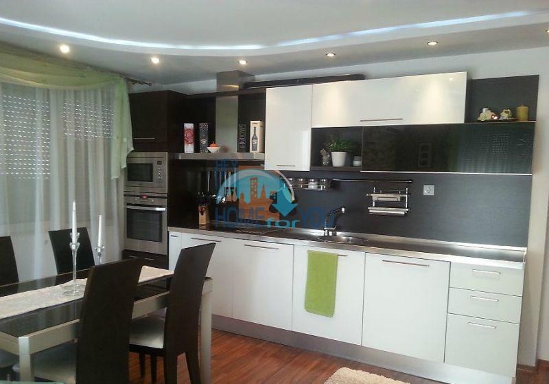 Новая многокомнатная квартира в жилом доме в Бургасе, квартал Славейков