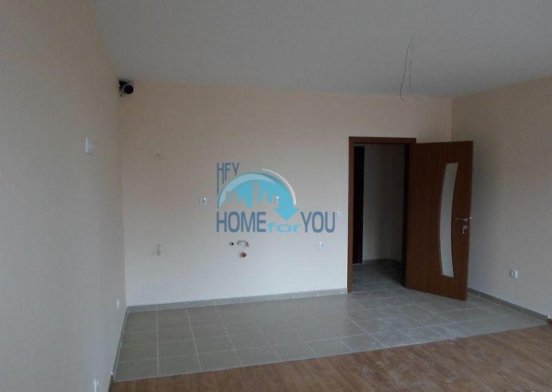 Новая просторная студия в самом центре города Поморие 4