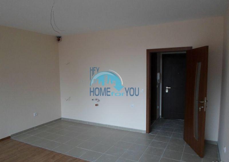 Новая просторная студия в самом центре города Поморие 5
