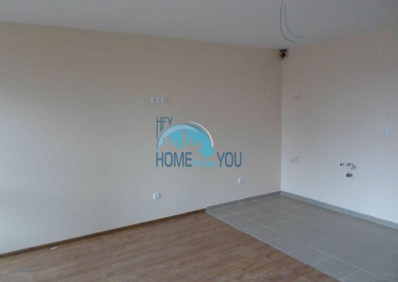 Новая просторная студия в самом центре города Поморие 6