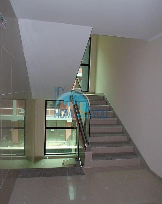 Новая просторная студия в самом центре города Поморие 12