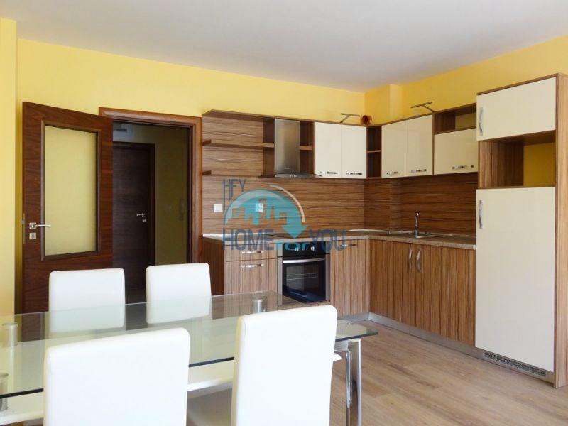 Новая трехкомнатная квартира с мебелью в Святом Власе 5
