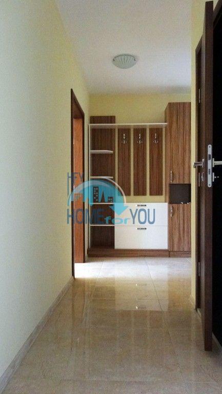Новая трехкомнатная квартира с мебелью в Святом Власе 12