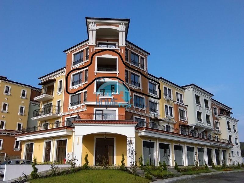 Новая трехкомнатная квартира с видом на море в комплексе Лили Бийч Ризорт, Созополь 2