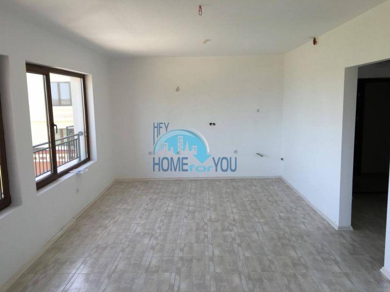 Новая трехкомнатная квартира с видом на море в комплексе Лили Бийч Ризорт, Созополь 8