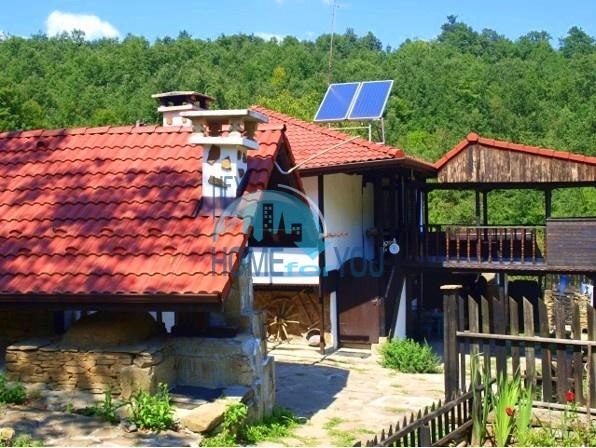 Комфортабельный дом с благоустроенной собственной территорией в живописной местности, община Габрово