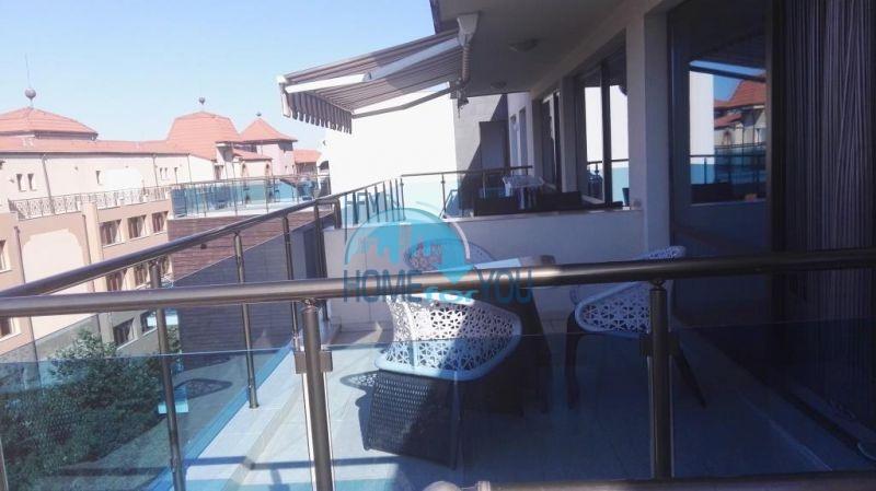Очень просторная двухкомнатная квартира для ПМЖ на курорте Солнечный берег 13