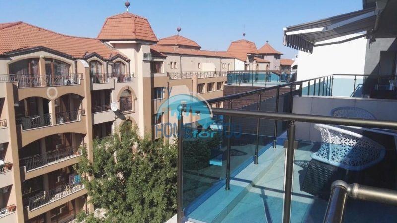 Очень просторная двухкомнатная квартира для ПМЖ на курорте Солнечный берег 14