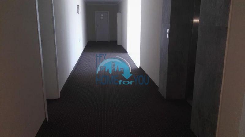 Очень просторная двухкомнатная квартира для ПМЖ на курорте Солнечный берег 16