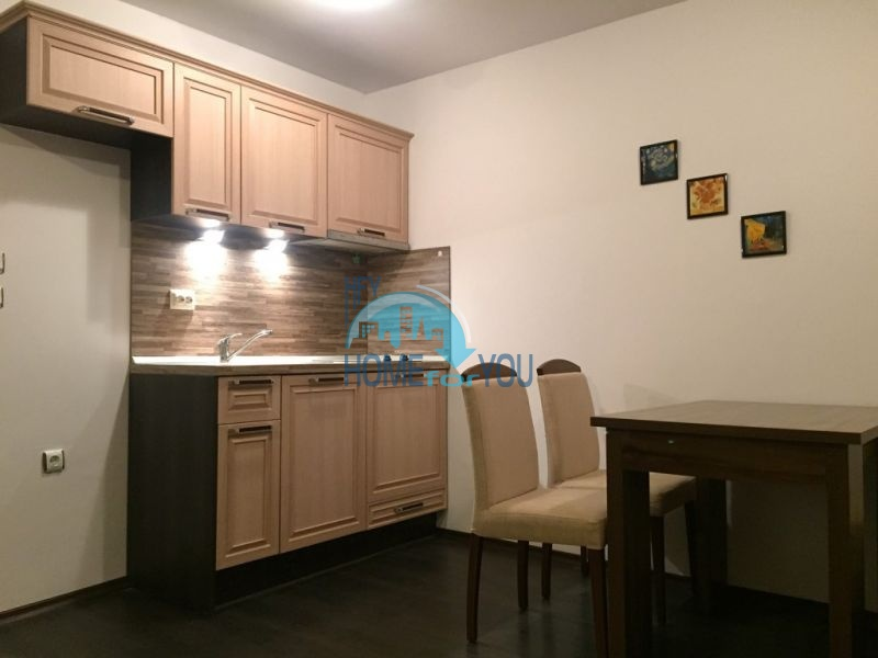Очень уютная двухкомнатная квартира на курорте Святой Влас 5