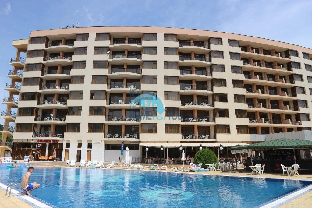Отличная двухкомнатная квартира в комплексе Посейдон, Солнечный берег