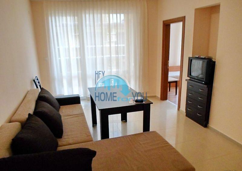 Отличная трехкомнатная квартира для ПМЖ в Поморие