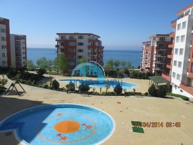 Святой Влас, комплекс ,,Марина Вью''. Первая линия. Меблированная двухкомнатная квартира с видом на море