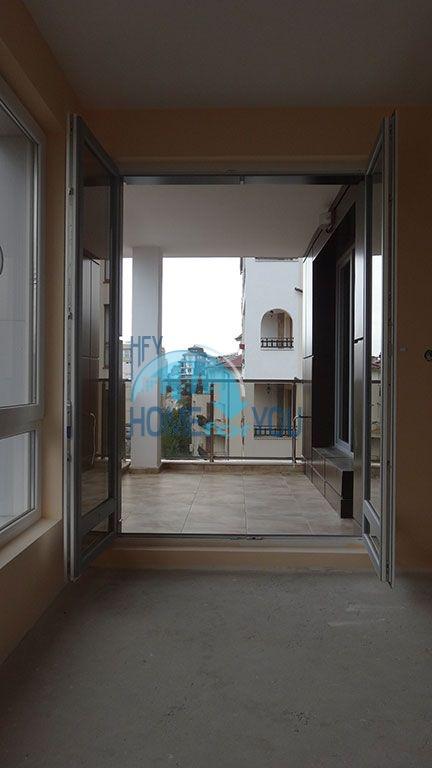 Прекрасная новая трехкомнатная квартира в Святом Власе 13