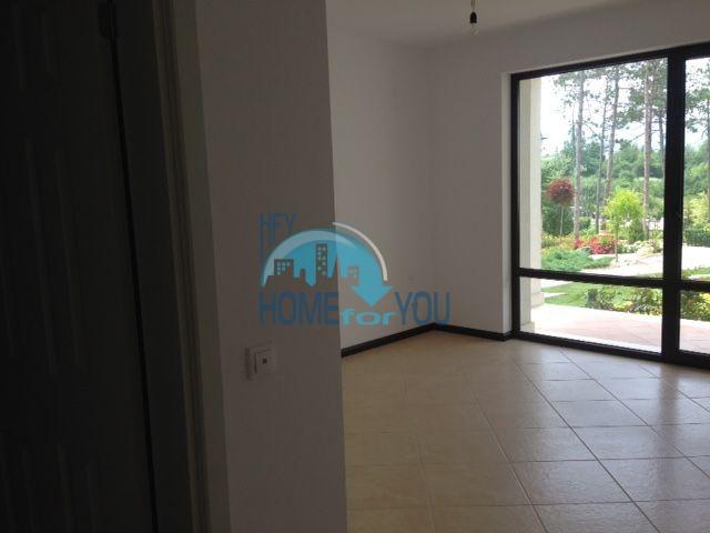 Продается трехкомнатная квартира в комплексе Оазис 10