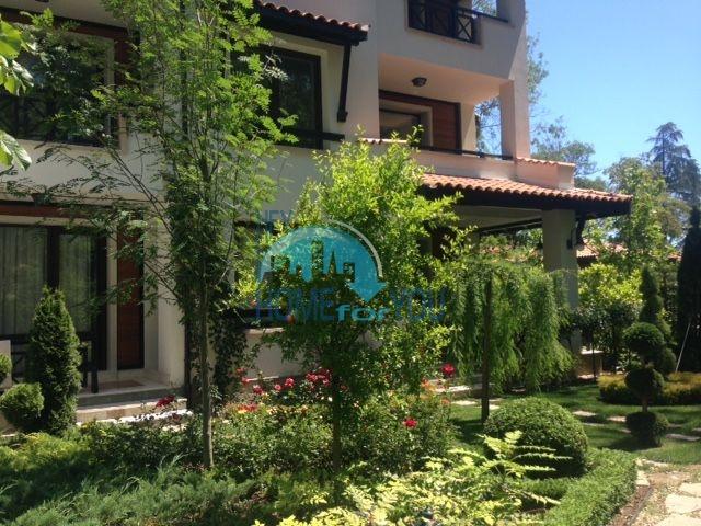 Роскошный трехкомнатный апартамент с выходом в сад с террасы в элитном Оазис Резорт и Спа, Лозенец 10