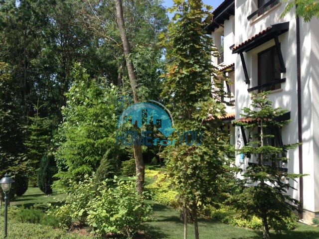 Роскошный трехкомнатный апартамент с выходом в сад с террасы в элитном Оазис Резорт и Спа, Лозенец 14